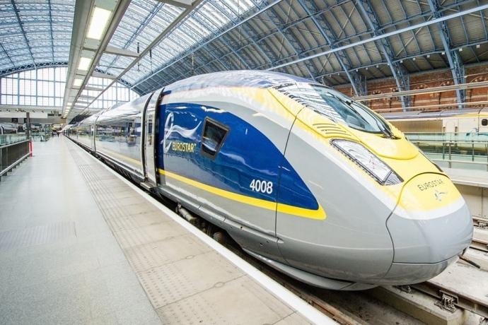 Мінінфраструктури розробляє проект першої швидкісної залізничної колії в Україні